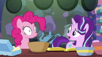 """Starlight Glimmer to Pinkie """"the baking"""" S6E21"""