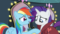 Rainbow thanks Rarity for believing her S5E15