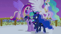 Twilight sees princesses start flying S4E25