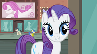 Rarity '...but check in at the runway...' S4E08