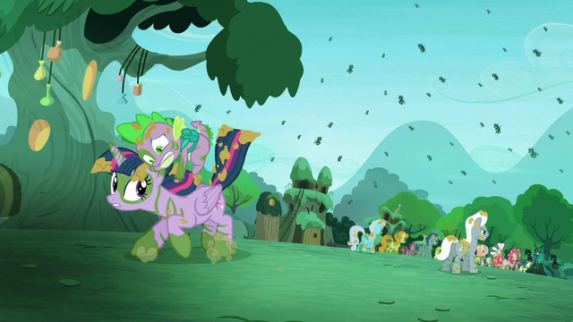 File:Spike gets on Twilight S5E26.png