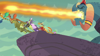 Dragons take off from the cliff S6E5