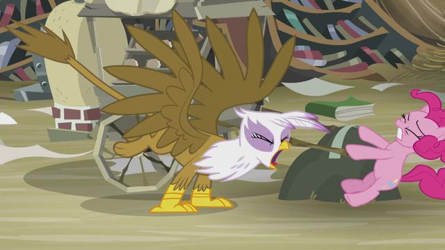 "File:Gilda yells ""at any time!"" S5E8.png"