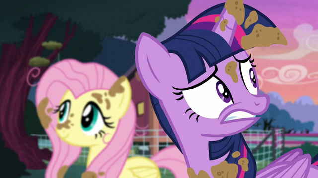 File:Twilight getting nervous S5E3.png