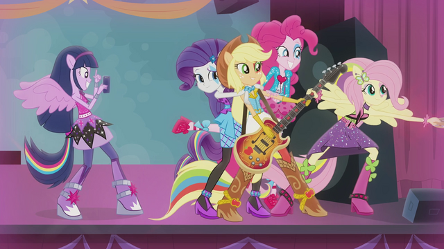 File:Twilight takes a picture of her friends EG2.png