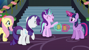 "Starlight ""makes your spirits rise"" S6E8"