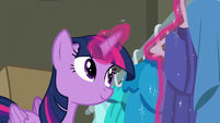 Twilight Sparkle hanging a blue dress S6E9
