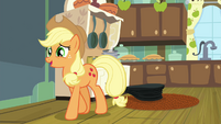 "Applejack ""That's a very interestin' method"" S4E18"