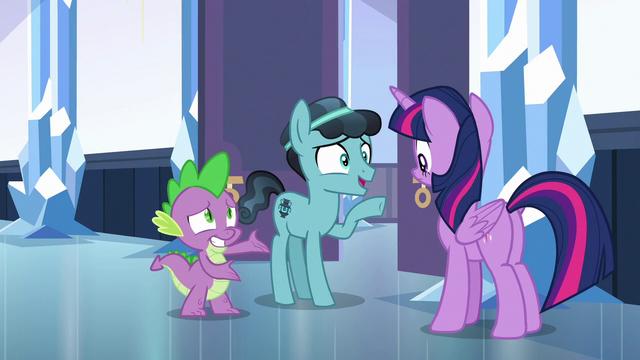 File:Crystal Hoof meets Princess Twilight Sparkle S6E16.png