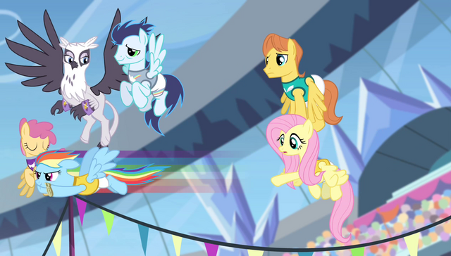 File:Rainbow Dash takes off S4E24.png