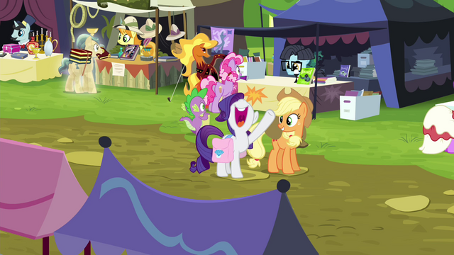 "File:Rarity ""let's go shopping!"" S4E22.png"