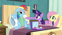 "Twilight ""You go first Rainbow Dash!"" S2E16"