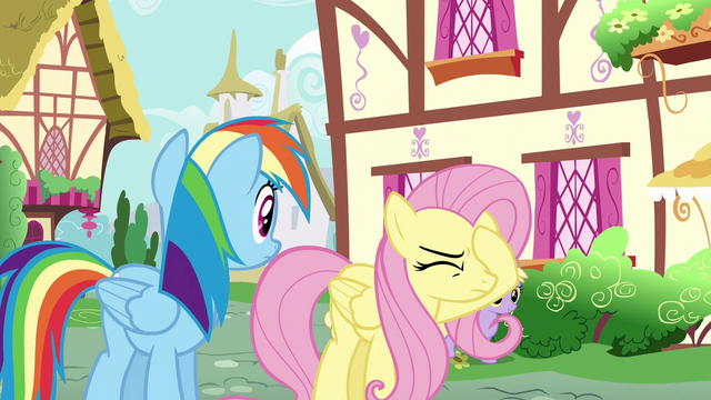 File:Fluttershy face-hoofs again S6E11.png