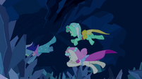 Minuette, Lyra Heartstrings and Twinkleshine jump after the bouquet S2E26