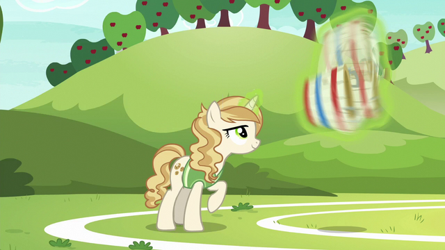 File:Sweet Biscuit trying out for the buckball team S6E18.png