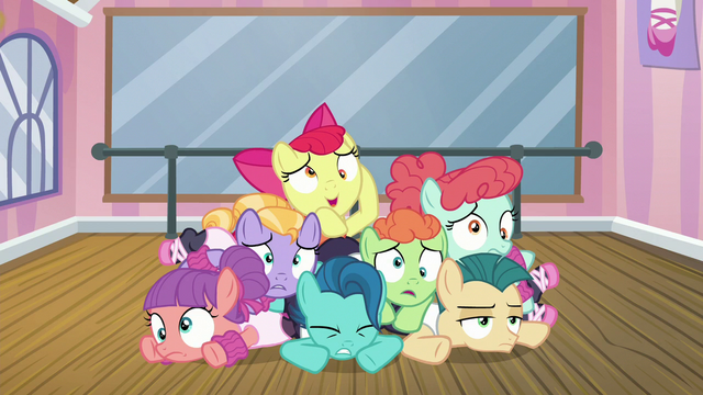 File:Apple Bloom and foals in a pile on the floor S6E4.png