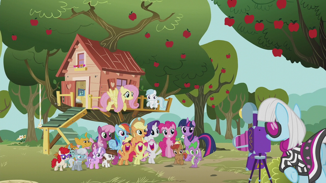 File:Photo Finish taking the ponies' picture S5E18.png