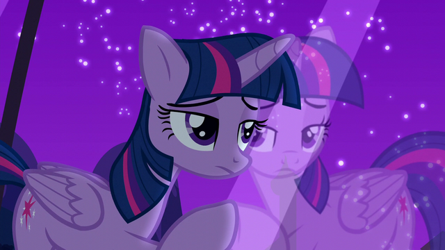 File:Twilight looks through the window feeling guilt S5E12.png