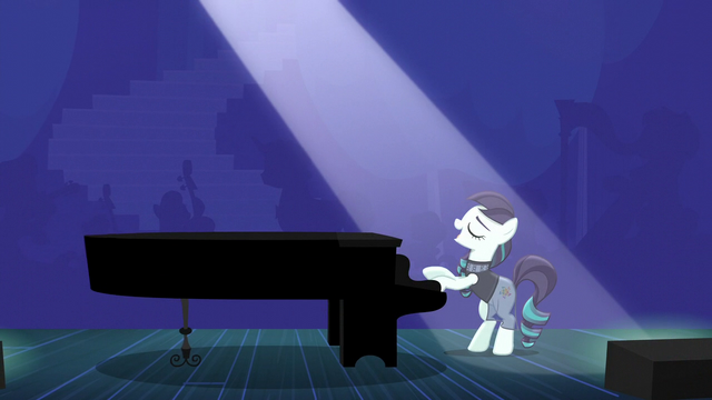 "File:Rara singing ""'cause I know"" S5E24.png"