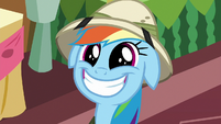 Rainbow Dash grins even wider S6E13