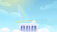 Rarity beams over Cloudosseum S1E16