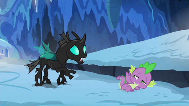 File:Thorax apologizing to Spike again S6E16.png