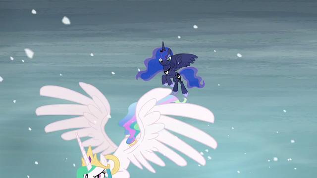 File:Luna sees Celestia flying off S6E2.png