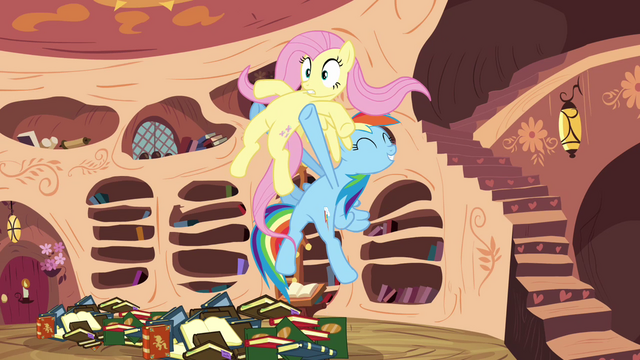File:Rainbow Dash holds Fluttershy S3E05.png