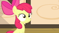 Apple Bloom with a blank expression S4E17