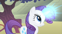 Rarity uses her magic S1E19