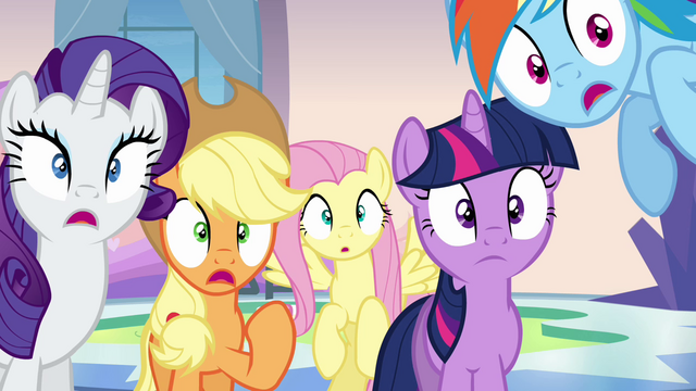 File:Twilight and friends shocked S03E12.png