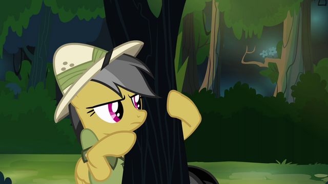 File:Daring Do peeking around tree S4E04.png