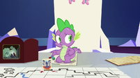 Spike starting to sweat S6E17