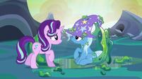 Starlight Glimmer reunites with Trixie S6E26