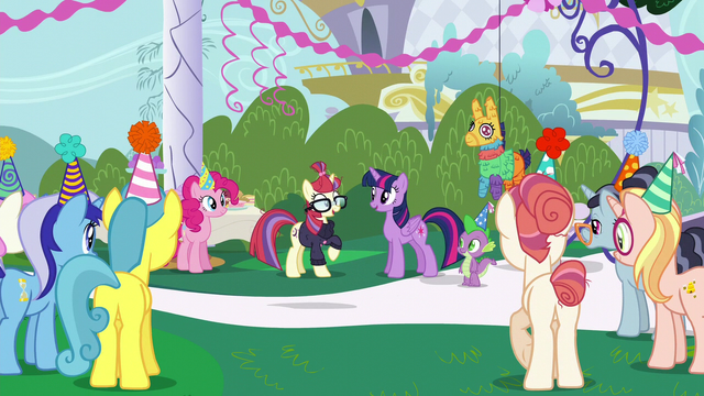 "File:Moon Dancer ""let's party!"" S5E12.png"