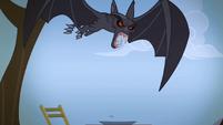 Bat eyes turn red S04E07