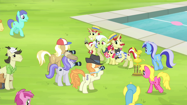File:Ponies gathering around Bloom, Granny, Flim, and Flam S4E20.png