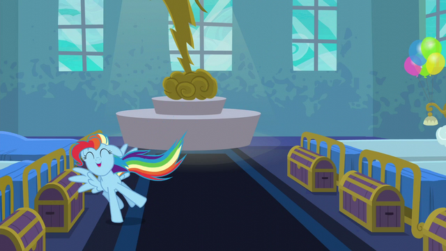 File:Rainbow Dash full of energy S6E7.png