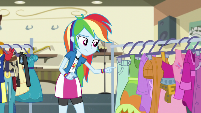 File:Rainbow Dash curious EG3.png