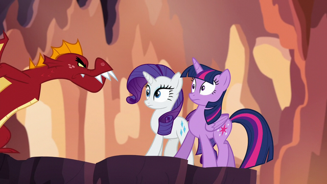 File:Garble approaching Twilight and Rarity S6E5.png