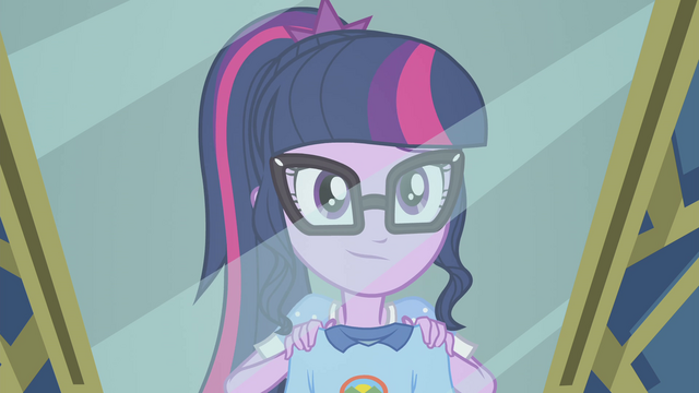 File:Twilight posing in front of a mirror EG4.png