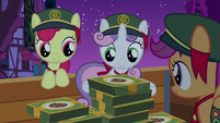 Crusaders gather their leftover cookie boxes S6E15