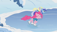 Pinkie Pie Lake Cubes Start S1E11