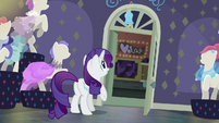 Rarity looking at the door's jingle bell S6E9