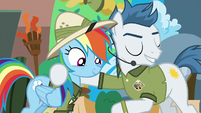 Salespony promotes the Daring Do Experience to Rainbow S6E13
