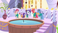 The Ponytones singing at the spa S4E14