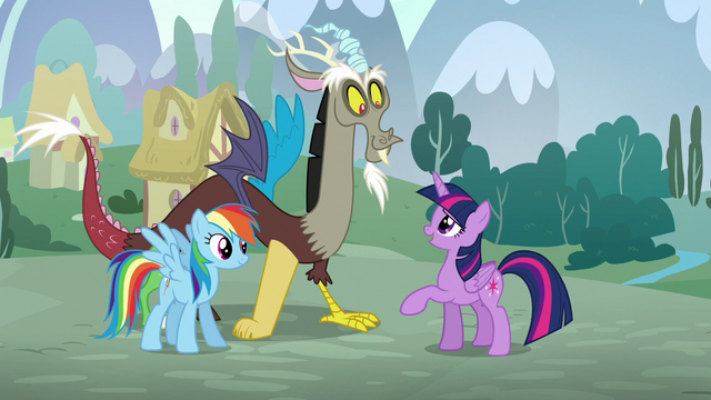 File:Twilight greets Discord S5E22.png