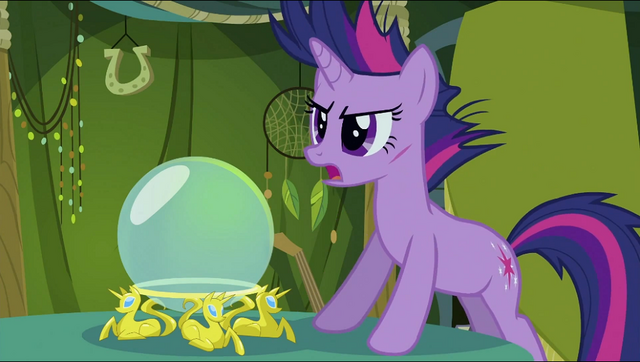 File:Twilight in front of a crystal ball S2E20.png