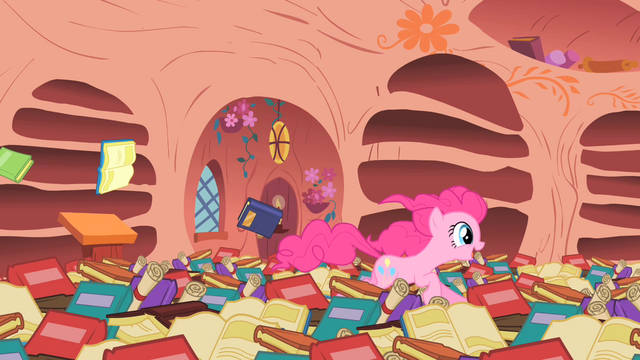 "File:Pinkie Pie demonstrating ""Some are fast!"" S1E16.png"