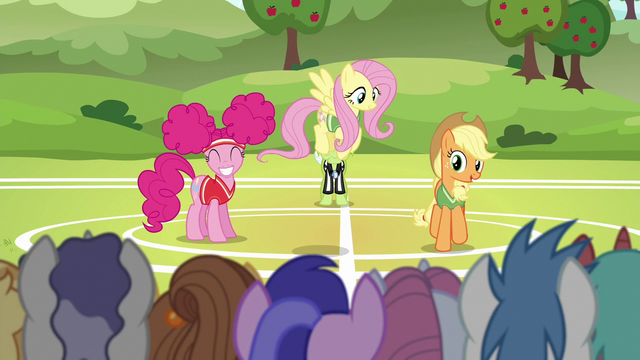 "File:Applejack ""all the unicorns have to do"" S6E18.png"